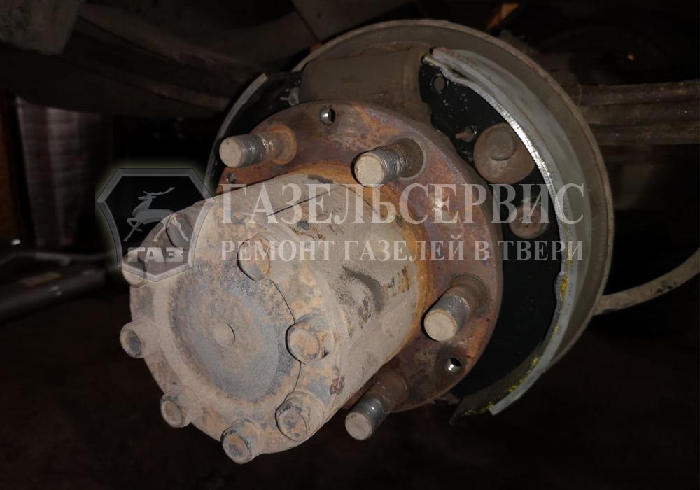 Ремонт задних тормозных колодок Газель